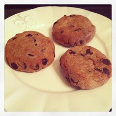 Easy Healthiest Peanut Butter Chocolate Chips Cookies - grocery list: ground flaxseeds, chia seeds, white beans, peanut butter, medjool dates, oat flour, almond flour, coconut flour, dark chocolate chips; taliafuhrman