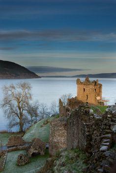 Loch Ness. Castle Urquart