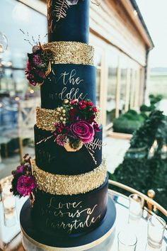 wedding cakes navy a large and tall navy and gold wedding cake with bright blooms Blush Wedding Cakes, Pretty Wedding Cakes, Wedding Cake Roses, Amazing Wedding Cakes, Fall Wedding Cakes, Wedding Cake Designs, Wedding Themes, Wedding Ideas, Wedding Reception