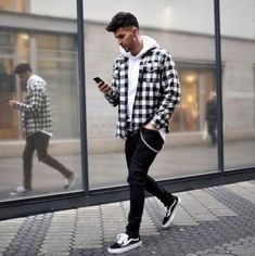 Mens Fall Outfits, Cool Outfits For Men, Flannel Outfits, Stylish Mens Outfits, Cool Clothes For Teenagers Boys, Simple Outfits, Summer Outfits, Vans Outfit Men, Man Outfit