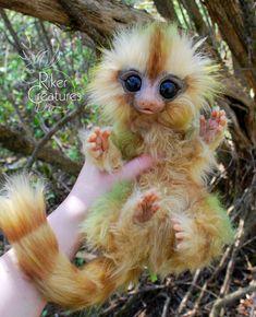 Fairy Marmoset - Poseable Fantasy Art Doll by RikerCreatures on DeviantArt Cute Creatures, Magical Creatures, Fantasy Creatures, Baby Animals, Cute Animals, Mystical Animals, Kawaii, Creature Design, Furry Art