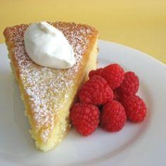 For lemon addicts, Lemon Curd Cake is the lemony lemoniest.