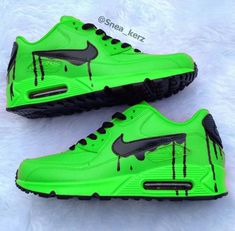 Top 23 Women& Sport Sneakers Are Beautiful and Comfortable Sneakers Fashion, Fashion Shoes, Shoes Sneakers, Ootd Fashion, Adidas Shoes, Fashion Ideas, Mens Fashion, Tenis Nike Casual, Mode Shoes