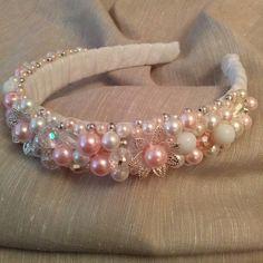 headband Hairband Hairstyle, Fascinator Headband, Pearl Headband, Wedding Headband, Bridal Tiara, Organizing Hair Accessories, Wedding Hair Accessories, Headpiece Jewelry, Headband Tutorial
