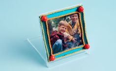 Make a photo frame from a CD case!