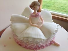 Wedding cakes with a novelty feel Girls Dresses, Flower Girl Dresses, Dress Cake, Novelty Cakes, Ballerina, Wedding Cakes, Cupcake, Princess, Wedding Dresses