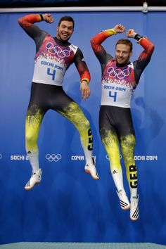Tobias Wendl (L) and Tobias Arlt of Germany celebrate during the flower ceremony after winning the gold medal during the Men's Luge Doubles (c) Getty Images Cycling Lycra, Olympic Winners, Sports Mix, Bobsleigh, Sexy Men, Sexy Guys, Luge, Olympic Athletes, Gym Style