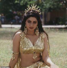 1985 Portrait Of Indian film actress Sridevi Bollywood Actress Hot Photos, Indian Bollywood Actress, Beautiful Bollywood Actress, Most Beautiful Indian Actress, Beautiful Actresses, South Indian Actress Hot, Indian Actress Hot Pics, Actress Pics, Indian Actresses