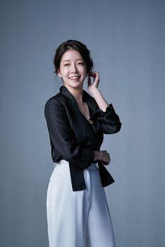 Jung In, Korean Actresses, Beautiful Asian Girls, Korean Beauty, Kpop Girls, Kdrama, Normcore, Actors, Film