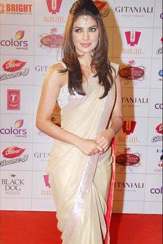 #Bollywood #Saree #priyankachopra #PCsPinUps