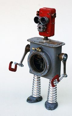 Red recycled robot | Flickr - Photo Sharing!