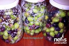 Evde Zeytin Nasıl Yapılır Marinated Olives, Pickling Cucumbers, Tomato Vegetable, Fruit Salad, Food Hacks, Pickles, Acai Bowl, Nutrition, Homemade