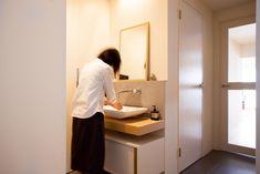 中古を買ってリノベーションの相談はEcoDeco.リノベーションの事例写真たくさんあります。不動産購入、リノベの相談無料。 #リノベーション#インテリア#東京#家#home #house#EcoDeco#リフォーム#ライフスタイル#収納#シンプルライフ#リノベ会社#暮らし House Rooms, Cabinet, Storage, Furniture, Home Decor, Clothes Stand, Purse Storage, Decoration Home, Room Decor