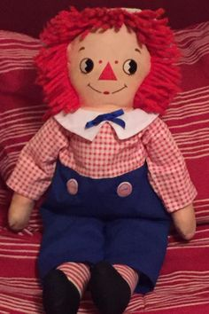 Side glance Raggedy Andy Raggedy Ann And Andy, Ronald Mcdonald, Dolls, Disney Princess, Disney Characters, Collection, Puppet, Doll, Baby