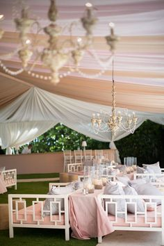 Tented wedding lounges are becoming more and more popular. Treat your guests to comfort amidst a full day of heavy duty celebrations.