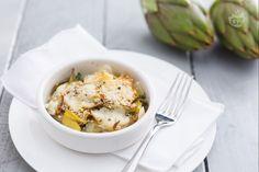 La parmigiana di carciofi è una ricetta vegetariana ricca e sostanziosa, perfetta per il pranzo di Pasqua e per i vostri menù invernali e primaverili.