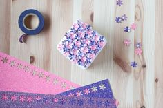 gift wrap: flower field // anastasia marie Wrapping Ideas, Gift Wrapping, Hole Punch, Gift Packaging, Washi Tape, Gift Baskets, Anastasia, Stamping, Projects To Try