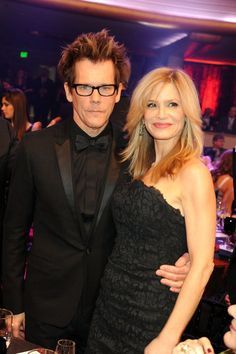 KevinBacon and KyraSedgwick looked gorgeous at the Critics Choice Awards in 2010. #hot #celebrity #couples