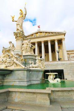 ღღ Austrian Parliament Building, Vienna, Austria