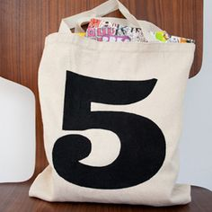 She Knows: 5 DIY gifts - Lucky number tote bag #printable