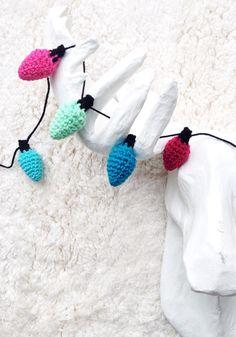 One Sheepish Girl | Crochet Christmas Light Garland