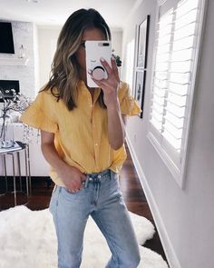 Shop Your Screenshots™ with LIKEtoKNOW.it, a shopping discovery app that allows you to instantly shop your favorite influencer pics across social media and the mobile web. Stylish Summer Outfits, Chic Outfits, Spring Outfits, Fashion Outfits, Work Outfits, Mustard Yellow Outfit, Yellow Shirt Outfits, Yellow Fashion, Blouse Outfit