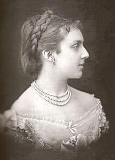 Queen Mercedes of Spain Vintage Photographs, Vintage Photos, Bourbon, James Stuart, Royal Photography, Las Mercedes, Spanish Royalty, European Dress, Royal Queen