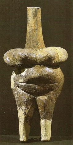 oermoeder uit Hamangia cultuur, Roemenie, 5000 BC Ancient Goddesses, Earth Goddess, Early Middle Ages, Mother Goddess, Old Stone, Indigenous Art, Human Art, Ancient Artifacts, Tribal Art
