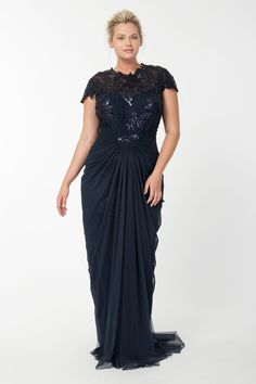 From the plus size fashion community of www.VintageandCurvy.com ...