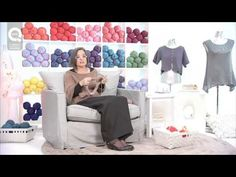 ▶ Lavora a maglia con Emma Fassio - Come chiudere il lavoro - YouTube Crochet Snowflake Pattern, Crochet Snowflakes, Crochet Videos, Knit Crochet, Fili, Tapestry, Knitting, Lana, Stitches