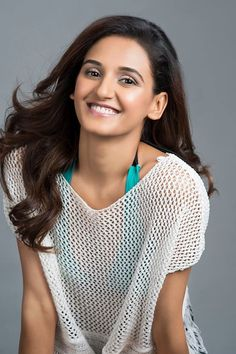 Shakti Mohan Bollywood Actress Hot Photos, Indian Bollywood Actress, Bollywood Celebrities, Indian Actresses, Black Leather Dresses, Dance Poses, Beautiful Indian Actress, India Beauty, Indian Girls