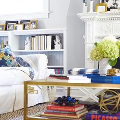 5 Creative Ideas Can Change Your Life: Transitional Dining Paint Colors transitional bedroom benjamin moore.Transitional Kitchen L Shaped. Transitional Coffee Tables, Transitional Chairs, Transitional Fireplaces, Transitional Chandeliers, Transitional Living Rooms, Transitional Kitchen, Transitional Lighting, Transitional Style, Living Room Green