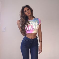 Snuggle Up Its Time to get your Fall Outfits ideas - Inspired Beauty Catherine Paiz, Fall Outfits, Summer Outfits, Cute Outfits, Fashion Outfits, Fashion Ideas, Austin And Catherine, Ace Family, Jeans