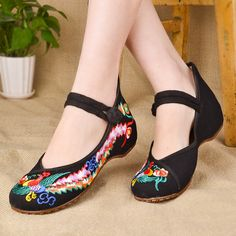 Balerinas Dance Shoes US Size6-9 Autumn Black Old Beijing Women Embroidery Cloth Shoes Canvas Casual Walking Flat Shoes Footwear