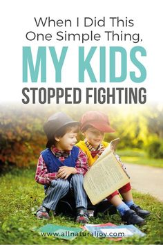 Do you have trouble with sibling rivalry? If you want to help your kids get along, then you need to try this simple, yet effective way to stop your kids from fighting. #siblingrivalry #stopfighting #siblings