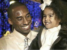 Kobe Brian, Natalia Bryant, Kobe Bryant Family, Kobe Bryant Black Mamba, Fine Black Men, Great Pictures, Friends Family, Superstar, Nba