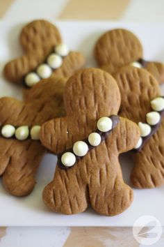 These Wookie Cookies make the perfect Star Wars inspired gingerbread men for your holiday baking! We love this moist and delicoous gingerbread recipe. Star Wars Party Food, Star Wars Food, Star Wars Cake Toppers, Star Wars Cookies, Star Wars Cupcakes, Holiday Baking, Christmas Baking, Italian Christmas, Wookie Cookies