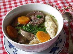 Supa de pipote, fie ele de pui, de rata, gasca sau curcan este delicioasa. Cu multe zarzavaturi si galuste cu gris fac ca meniul sa fie unul de sarbatoare. Pipotele le gatesc fie la slow cooker, fi...