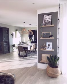 I love the picture rails Living Room Decoration - House Design, Home, Small Living Room, House Interior, Apartment Decor, Home Deco, Appartment Decor, Modern Farmhouse Kitchens, Home And Living