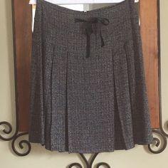Dress Tweed Pleated Skirt B&W Tweed Pleated Skirt. Looks great with boots, heels or flats. Back Zipper sel poivre Skirts Midi