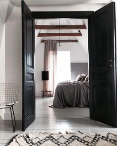 Dark bedroom @lilyoscarinterior