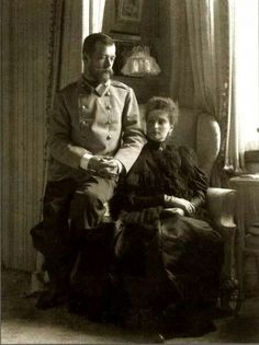 Tsar Nicholas ll of Russia with Empress Alexandra Feodorovna of Russia.A♥W