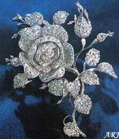 Swedish Royal Jewels: Bernadotte Diamodn Rose Brooch     The Swedish Royal ladies are known for their inventive ways of incorporating jewels into their hairstyles. Not content with the huge number of tiaras and hairpieces, they adapt other jewels for the purpose