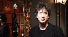 Neil Gaiman será roteirista da série American Gods. O romance de Neil Gaiman, foi publicado pela primeira vez em 2001 e depois de 14 anos de desenvolvimento e até uma parada prolongada na HBO, a série finalmente parece que vai mesmo acontecer! ____________________________ #Cinema #Entretenimento #GeekNews #Nerd #Geek #CulturaPop #MundoGeek #NoticiasNerd #SupremaciaGeek