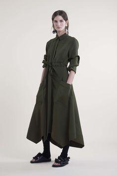 http://www.vogue.com/fashion-shows/pre-fall-2016/cedric-charlier/slideshow/collection