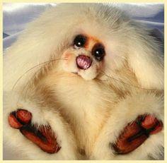 The House of Mink Teddy Bear/ Conejo realizado a mano en visón reciclado blanco. Rabbit hand made with white mink.