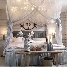 Creative And Simple DIY Bedroom Canopy Ideas18