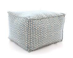 SnapPeacockPouf_4to5%5B18043%5D