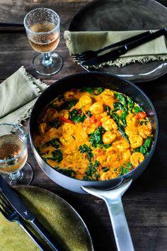 Grote garnalen met ras el hanout en groenten Large prawns with ras el hanout and vegetables Pureed Food Recipes, Veggie Recipes, Healthy Recipes, Vegetarian Cooking, Healthy Cooking, Healthy Eating, Feel Good Food, I Love Food, Curry Dishes