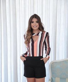 ❤ Find more mother of the bride dresses, girls Wear and winter dresses, spring outfits and classy outfits. Another hipster outfits, jeans skirt and who what Wear Look Fashion, Fashion Outfits, Womens Fashion, Fashion Design, Sewing Blouses, Business Attire, Office Outfits, Corsage, Blouse Designs